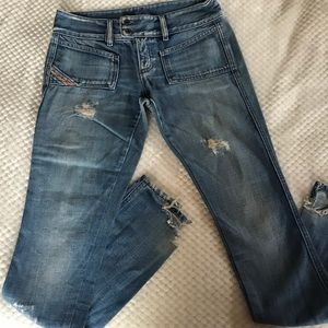 Diesel industry sz 26 womens jeans distressed